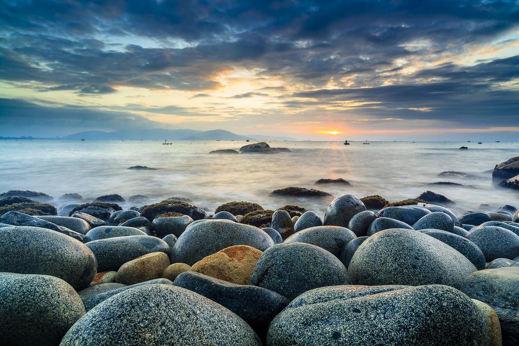 Kỹ thuật chụp ảnh bình minh và hoàng hôn trên biển