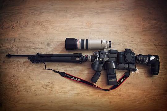 Biến máy ảnh thành vũ khí