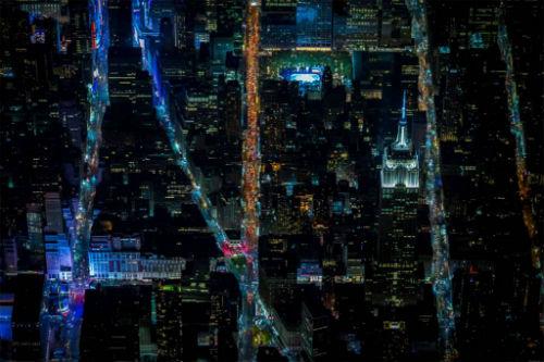 Bo-anh-tuyet-dep-cua-New-York-ve-dem-19