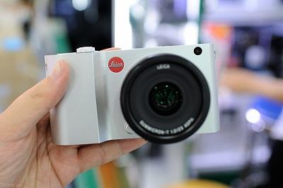 Dap-hop-Leica-T-chinh-hang-108