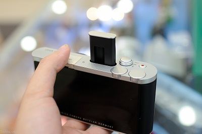 Dap-hop-Leica-T-chinh-hang-124