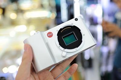 Dap-hop-Leica-T-chinh-hang-132