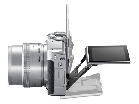 Nikon-1-J5-chup-lien-tiep-60-anh-moi-giay-ra-mat-3