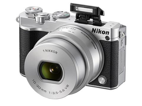 Nikon-1-J5-chup-lien-tiep-60-anh-moi-giay-ra-mat-4