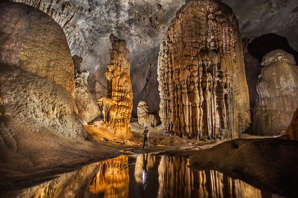 Vẻ đẹp của những hang động kỳ vĩ ở Đông Nam Á