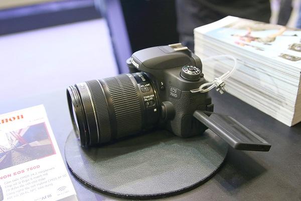 canon-eos-5ds-va-5dsr-ban-ra-tu-thang-7-gia-854-trieu-dong-3