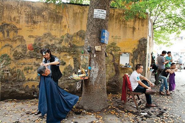 """Nữ nhiếp ảnh gia Catherine Karnow: """"Gặp duyên"""" với Việt Nam"""