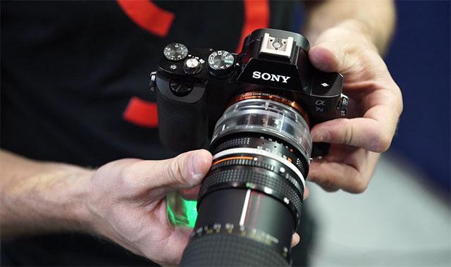 Adapter tạo hiệu ứng Flare cho dân chụp ảnh và quay phim