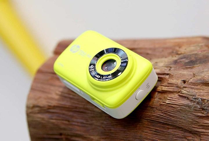 Cận cảnh chiếc máy ảnh tí hon HP Mini Wifi Cam LC200W