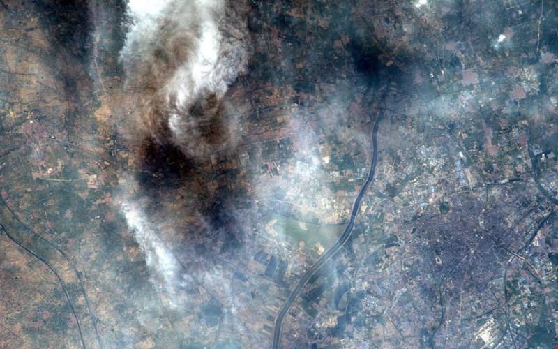 Mảnh đất Thiên Tân, phía bắc Trung Quốc tràn ngập khói bụi.