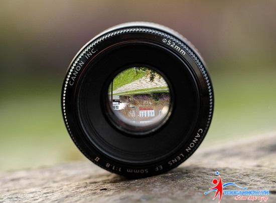 6-ly-nen-chon-mua-ong-kinh-50mm-f1-8_photoZone-com-vn-1 (2)