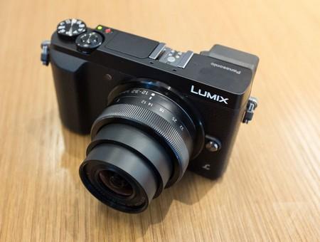 Panasonic trình làng máy ảnh DLSR cỡ nhỏ với tính năng mạnh mẽ