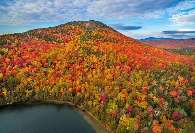 Cảnh sắc tuyệt đẹp ở dãy núi Adirondack hiện lên qua bức ảnh của Manish Mamtani.