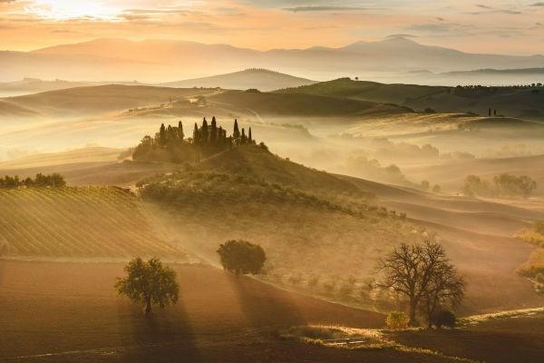 Nhiếp ảnh gia Giovanni Modesti đã ghi lại bức ảnh du lịch chụp tại Tuscany, Italy, để dự giải.