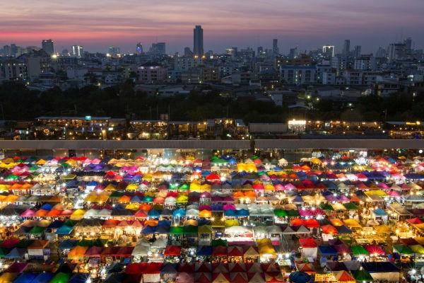 Còn đây là bức ảnh chụp thủ đô Bangkok, Thái Lan.
