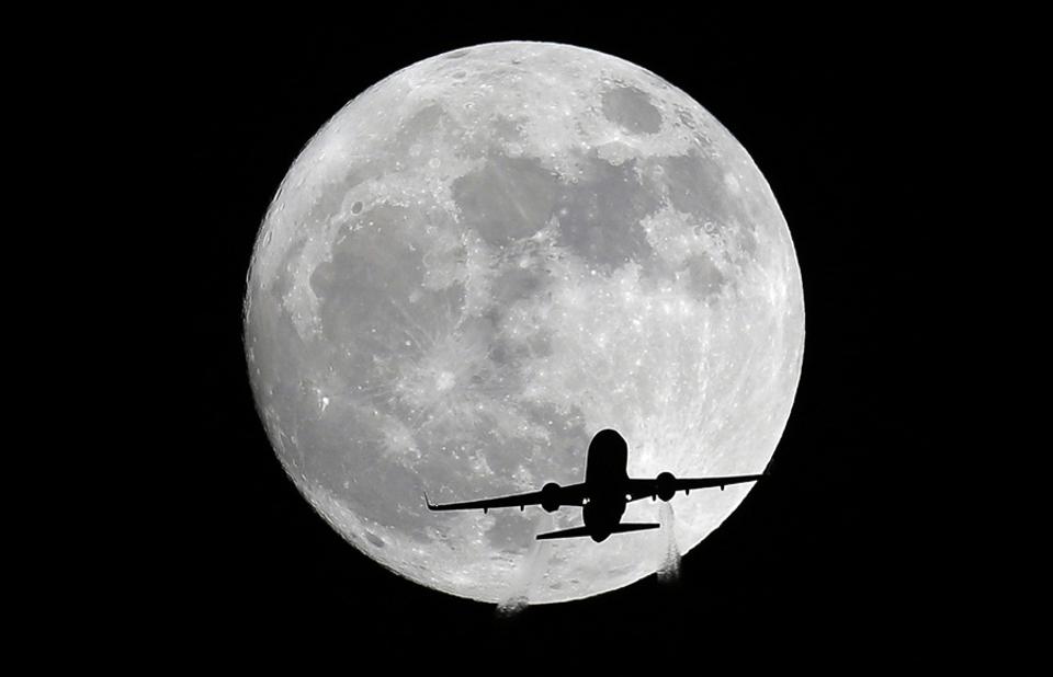 21 Bức ảnh siêu trăng từ khắp nơi trên thế giới