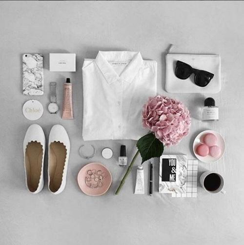 101-kieu-chup-flat-lay-item-trang-diem-giup-instagram-cua-ban-bung-sang_photoZone-com-vn- 2