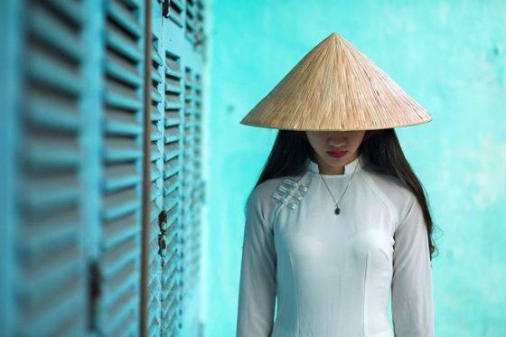 ao-dai-qua-cach-khac-hoa-doc-dao-cua-nhiep-anh-gia-rehahn_photoZone-com-vn- 1