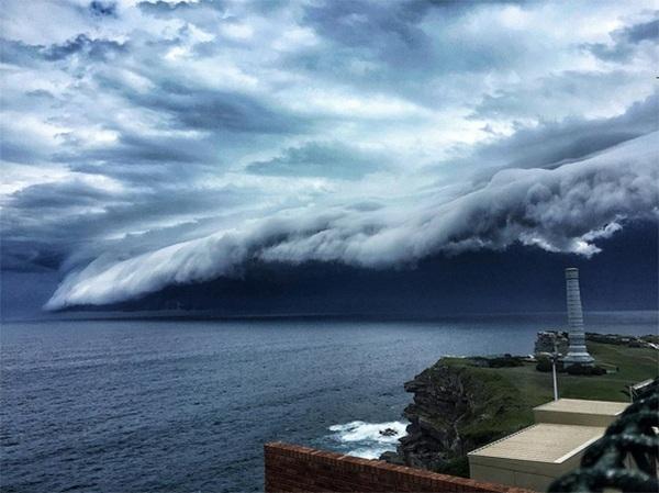 Chụp ảnh phong cảnh: Các kỹ thuật chụp ảnh một cơn bão sắp đến
