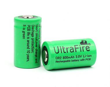 [CR2] Pin và sạc UltraFire CR2 800mAh 3V Li-ion