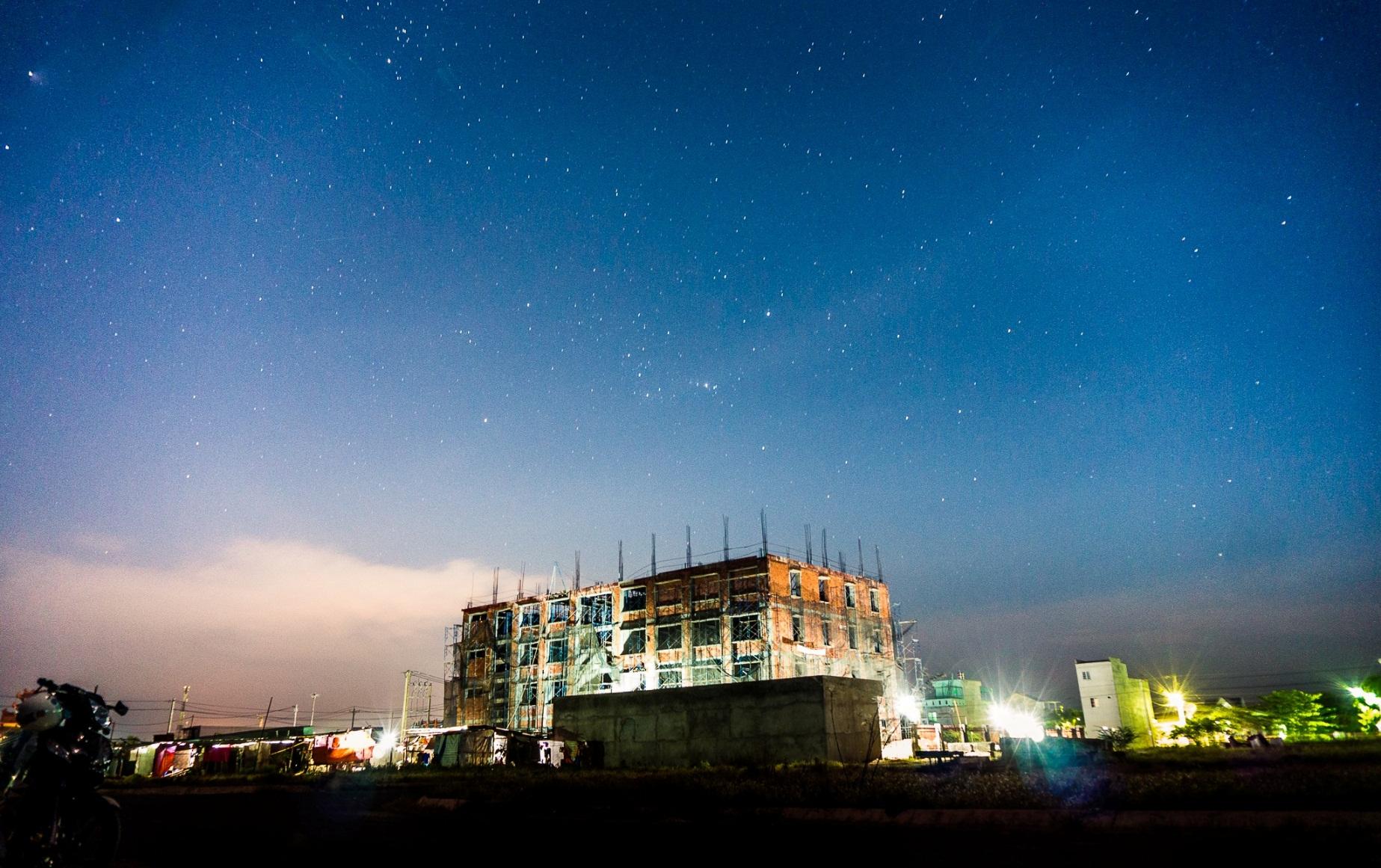 Hướng dẫn kỹ thuật chụp Star Trail (Sao chạy) trên máy ảnh Sony