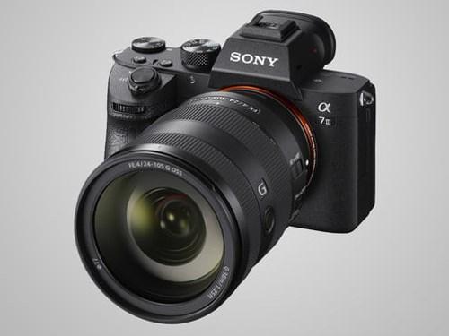 Sony giới thiệu máy ảnh không gương lật A7 Mark III, giá 2.000USD
