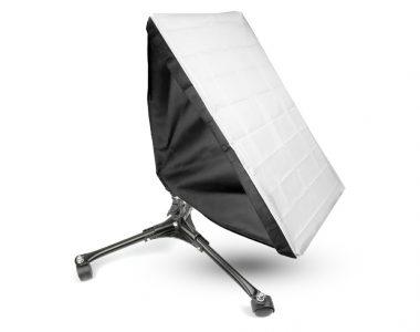 Bộ Softbox 50x70cm đánh dưới thấp LED 240W
