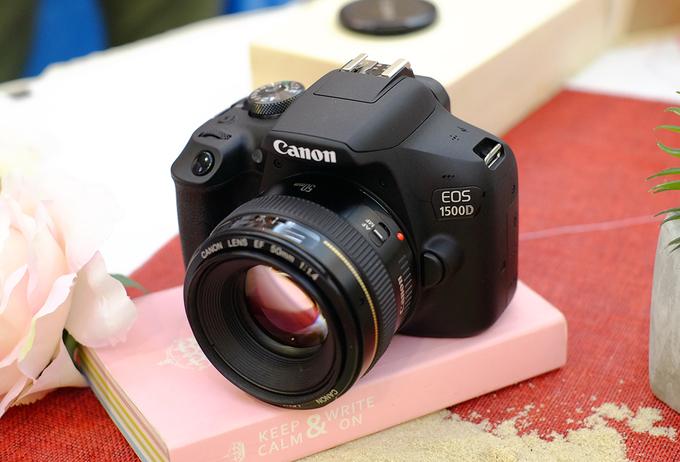 Bộ máy ảnh DSLR rẻ nhất Việt Nam, giá 9,6 triệu đồng
