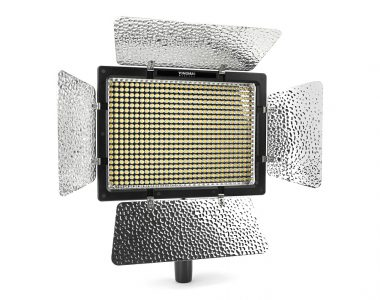Đèn Led Yongnuo YN600L II sáng liên tục quay phim