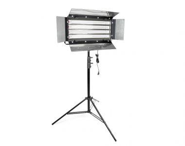 Bộ đèn quay phim Kino Flo 4 bóng Osram Dulux L (Italy) 4x55W kèm chân đèn 2.8m