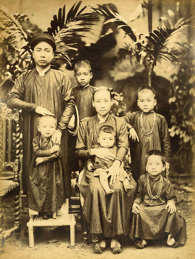 Ảnh phụ nữ Việt 100 năm trước qua ống kính người nước ngoài