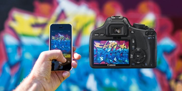 Đọ máy ảnh DSLR và Camera trên Smartphone: Ưu và Nhược điểm của từng loại.
