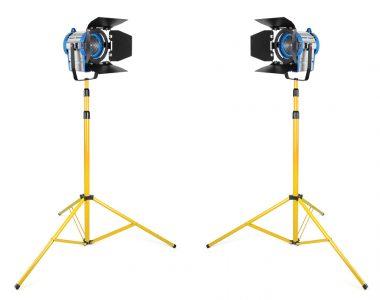 Bộ 2 đèn quay phim Spotlight 650Wx2 ánh sáng ấm (3200K) chuyên nghiệp kèm chân đèn 3m